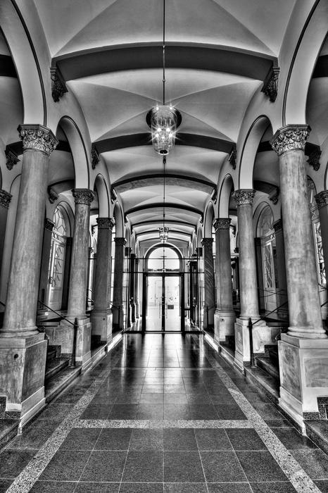 Ministerium der Justiz Wiesbaden - Eingang